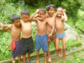 THE VILLAGE RUFFIANS! (NEPAL)